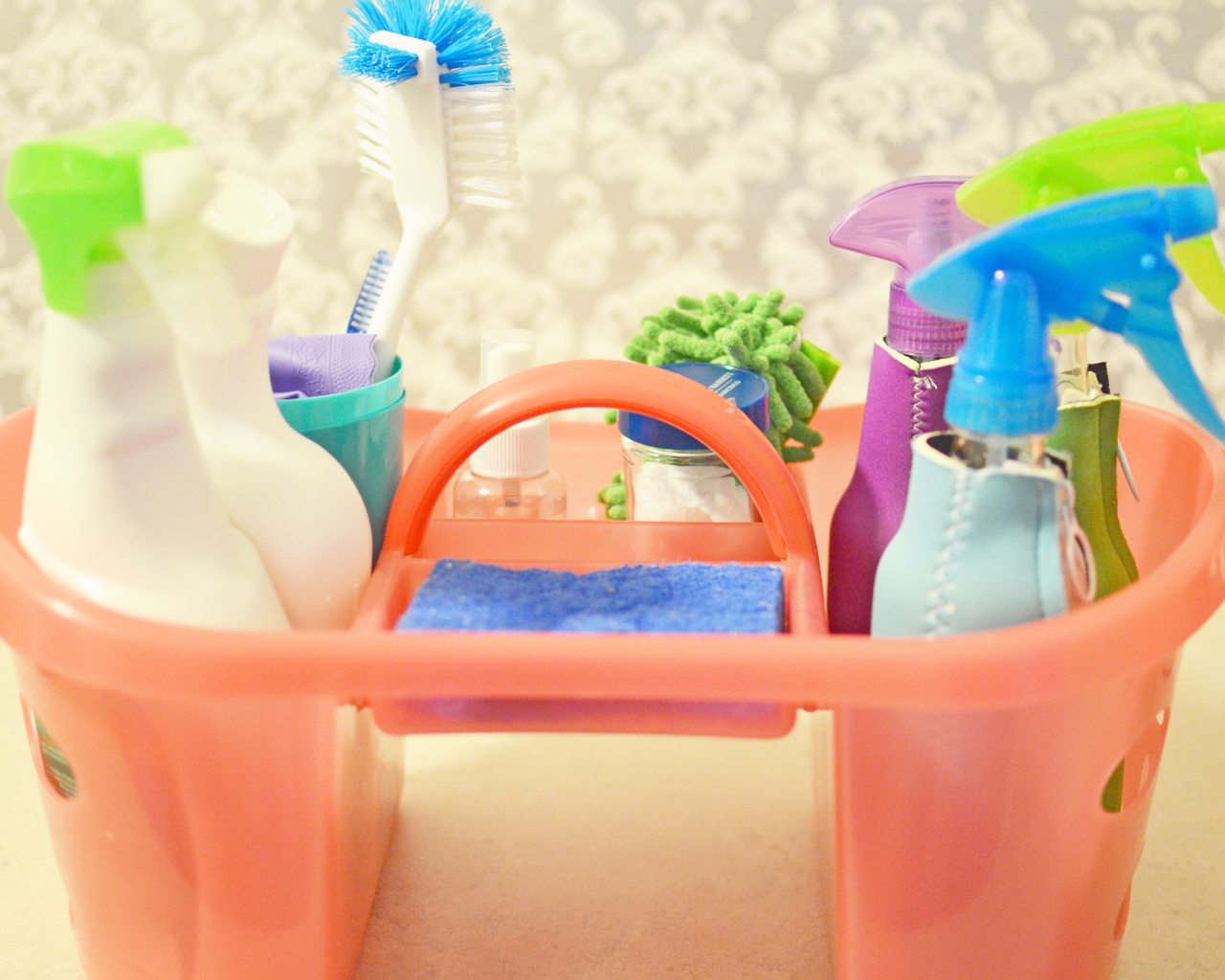 Easily Clean Your House With An Organized Cleaning Caddy