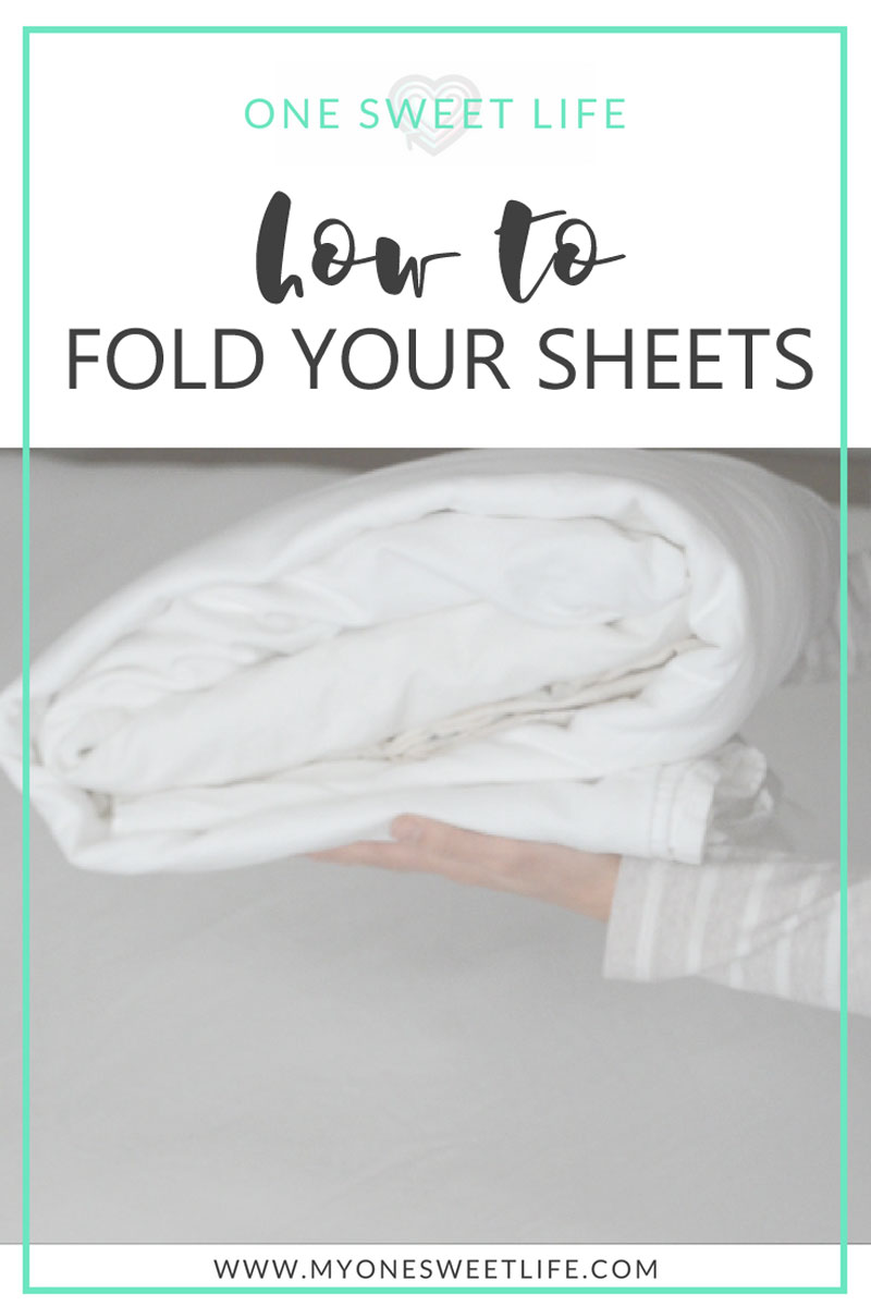 Fold fitted sheet how to fold flat and fitted sheet How to put a fitted sheet on a bed